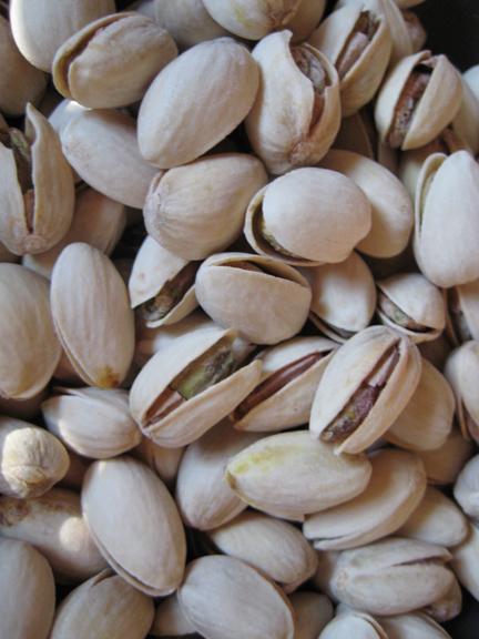 8 pistachios